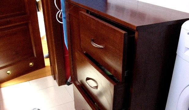 Stolarka Zbigniew Róg - Zdjęcie szafki łazienkowej