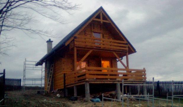 Stolarka Zbigniew Róg - Zdjęcie Campingu wykonanego z drewna